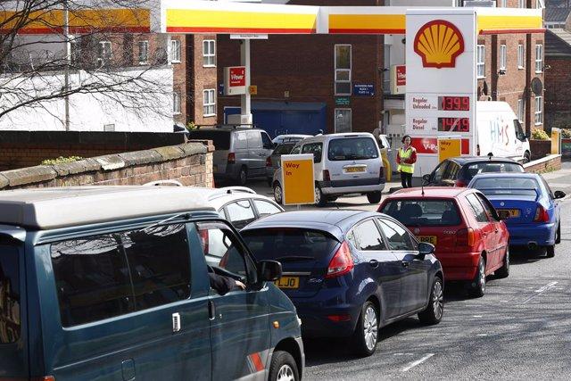 Gasolinera shell, petrolera, gasolina