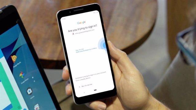 Google convierte en el 'smartphone' en llave de seguridad para la verificación en dos pasos