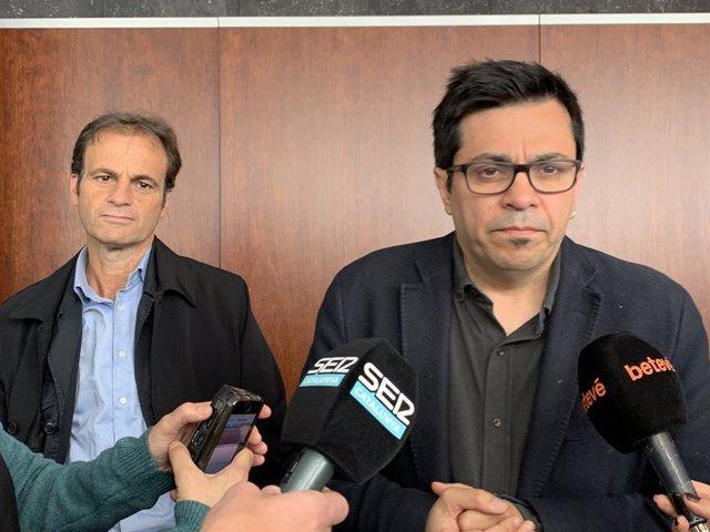 AMP.- Colau desallotja a l'associació Amics del Castell de Montjuïc de l'oficina que ocupava