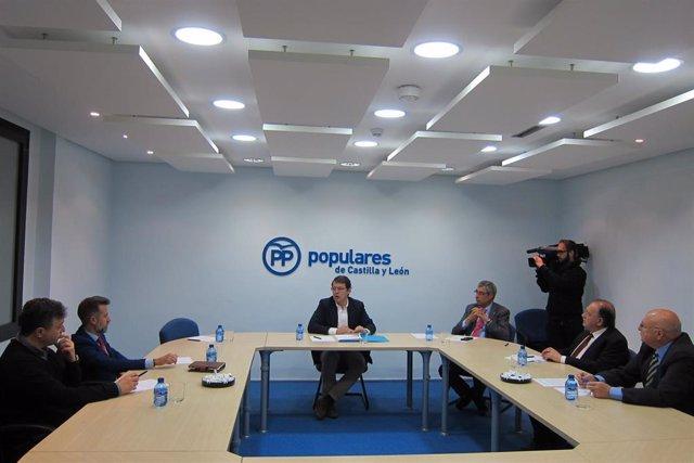 26M.- Fernández Mañueco Se Compromete A Aplicar Carrera Profesional En La Concertada A Partir Del 1 De Enero De 2020