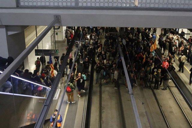 Els CDR ocupen les vies de l'Au a Girona