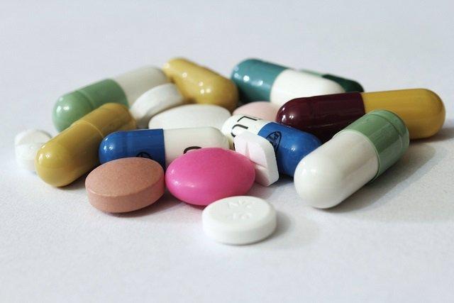 La campaña 'No es Sano' manda una carta a partidos políticos para que se comprometan a reformar la política farmacéutica