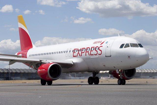 Economía.- Iberia Express cumple siete años con 28 millones de pasajeros transportados y consolida su modelo híbrido