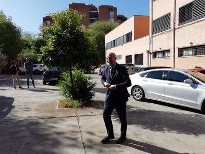 Imbroda critica que la alcaldesa de Córdoba no le haya recibido como sí han hecho en otras capitales