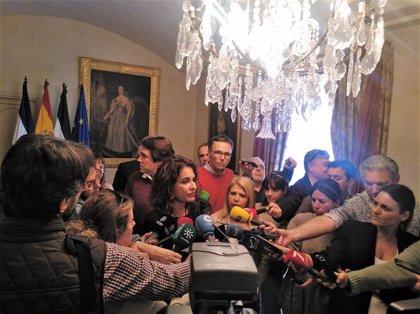 """Montero dice que la propuesta de Díaz Ayuso sobre la consideración familiar del nonato """"no tiene ni pies ni cabeza"""""""