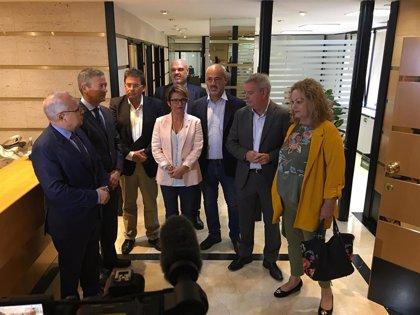 Máñez afirma que el PSOE defiende el Estatuto canario y el REF frente a los que ponen en duda el modelo autonómico