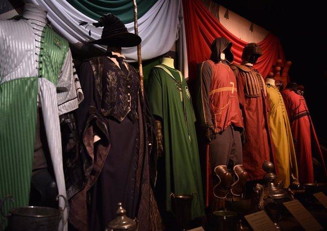 Los actores Natalia Tena y JAMES y OLIVER PHELPS PROMOCIONAN la exposición 'Harry Potter. The Exhibition' en el Museu de les Ciències de Valencia