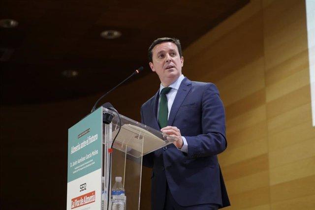 Almería.-28A.-García (PP) insta a los cabezas de lista a participar en un debate para contraponer sus programas