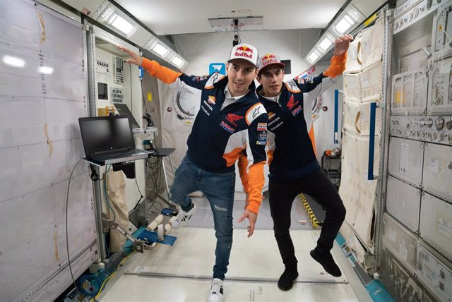 Motociclismo/GP L.Américas.- Marc Márquez y Jorge Lorenzo visitan el Space Center de Houston