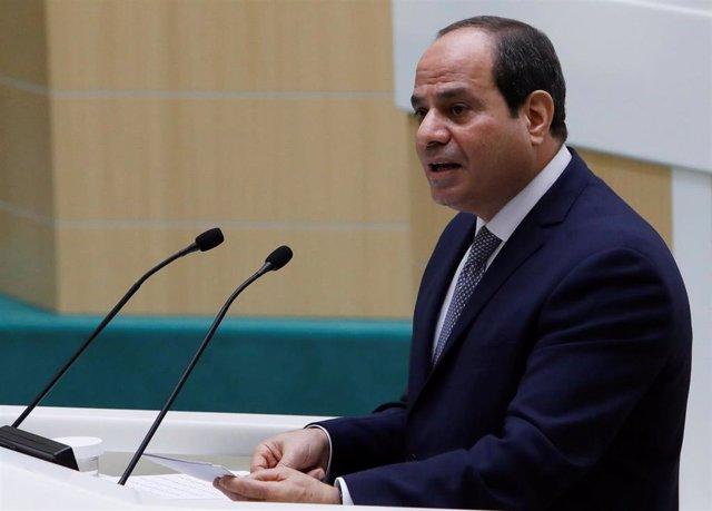 Egipto.- Egipto decreta un aumento del salario mínimo a 103 euros mensuales