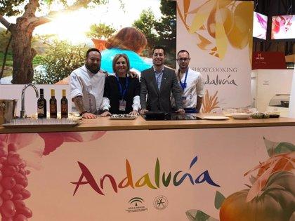 Las demostraciones de cocina de Sabor a Málaga protagonizan la última jornada de Diputación en el Salón de Gourmets