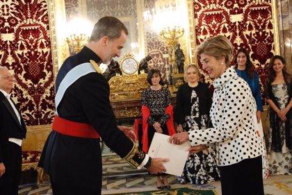 El Rey recibe las credenciales de seis nuevos embajadores