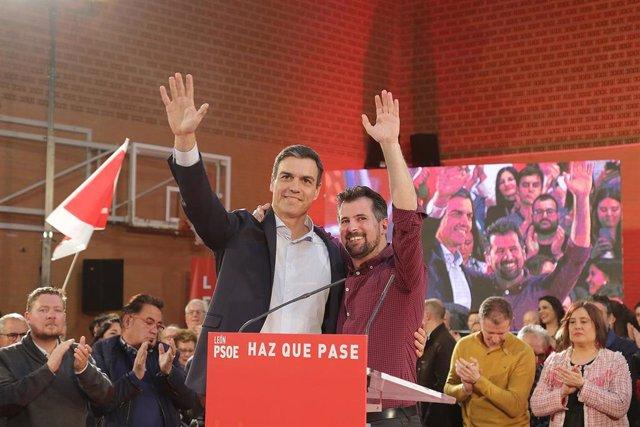 Pedro Sánchez participa en un acto en León