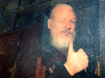 Assange, detenido, condenado y a la espera de una posible extradición a EEUU tras seis años de 'impasse'