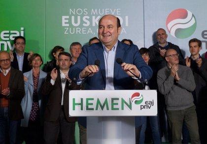 """Ortuzar insta a los vascos a """"dar pedales"""" por Euskadi con el voto a PNV"""