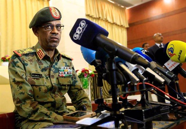 AMP.- Sudán.- El Ejército de Sudán asume el poder tras arrestar a Al Bashir