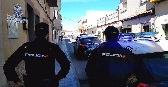 Sucesos.- Detenidos tres menores como presuntos autores de nueve atracos en Parla y Getafe