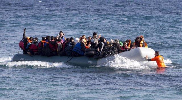 Misión de rescate de refugiados de Proemaid en el Mediterráneo central y Lesbos