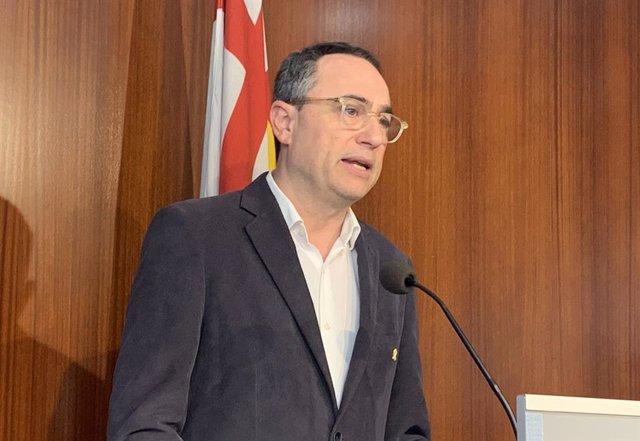 El PDeCAT suggereix a Pisarello i Asens que dimiteixin i els demana que no utilitzin l'Ajuntament per a la campanya