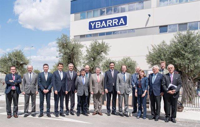 Sevilla.- El Consejo Asesor Regional Sur de BBVA se reúne en las nuevas instalaciones del Grupo Ybarra en Dos Hermanas