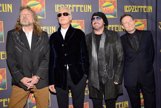 Jason Bonham probó la cocaína por primera vez a los 16 años por culpa de Jimmy Page