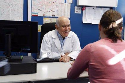 """El mejor médico rural valenciano anima a futuros galenos a elegir esta modalidad: """"Ves la autenticidad de las personas"""""""