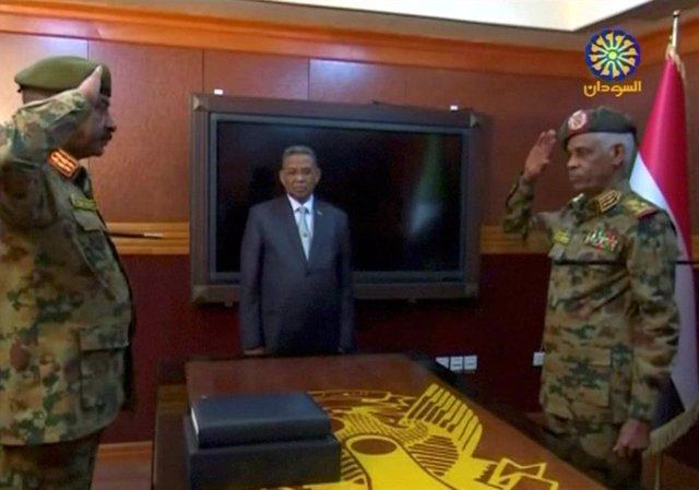 AMP.- Sudán.- La junta militar promete un gobierno civil y se niega a extraditar a Al Bashir