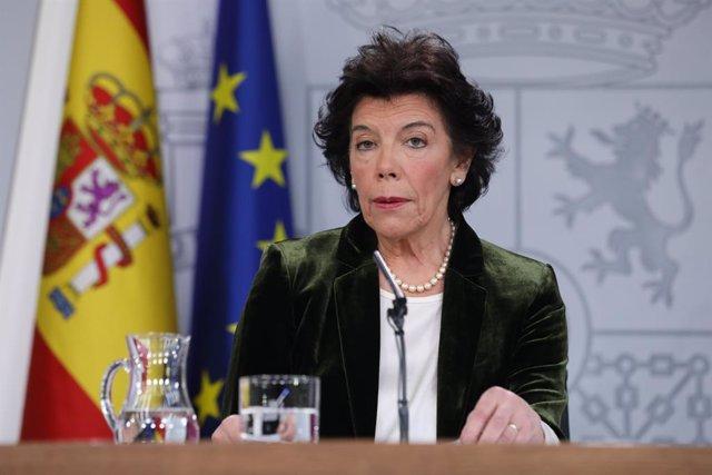 28A.- El Gobierno se queja de que Sánchez recibe más críticas por usar el Falcon que presidentes anteriores