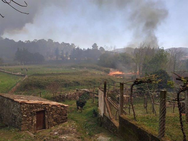Naturgy insiste en que a súa torre eléctrica non foi causa do incendio de Dodro e Rianxo