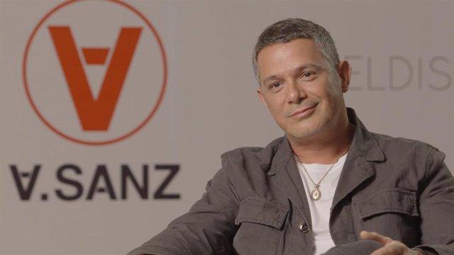 """VÍDEO: Alejandro Sanz: """"La política debería estar al servicio del bienestar de la gente y no al revés"""""""