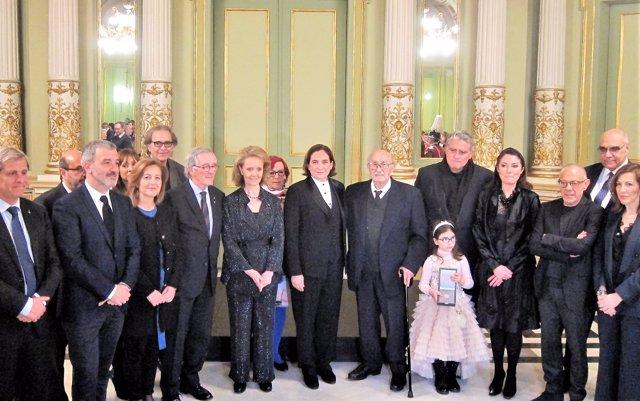"""Barcelona otorga la Medalla de Oro póstuma a Caballé, """"barcelonesa universal y voz prodigiosa"""""""
