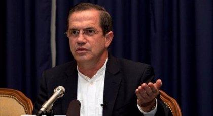 Detenido en Ecuador por el caso Wikileaks un hombre vinculado al ex canciller Ricardo Patiño