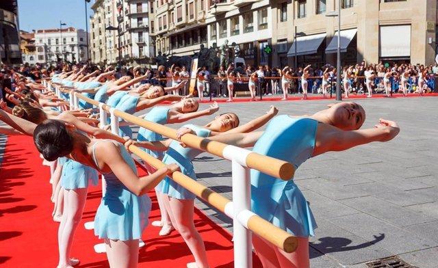L'Avinguda Carlos III acollir aquest dissabte una exhibició de ballet pel Dia Internacional de la Dansa