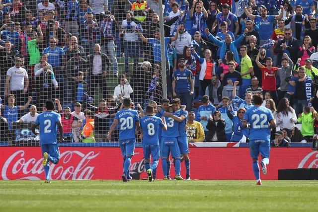 Fútbol/Liga Santander.- (Previa) Getafe y Alavés pelean por la cuarta plaza ante Huesca y Eibar