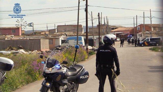 La Policía Nacional Realiza Un Dispositivo En El Poblado De Son Banya Contra Del