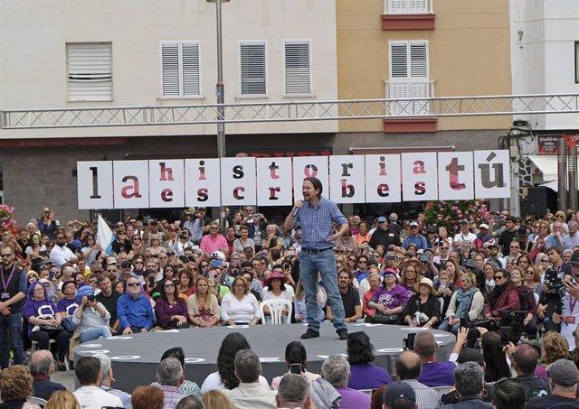 'Encuentro con la gente' de Unidas Podemos en Las Palmas de Gran Canaria en el que participa el secretario general del partido, Pablo Iglesias