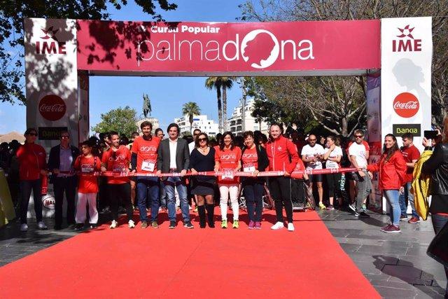 Unas 2.500 personas participan en la IV Carrera Popular Palmadona