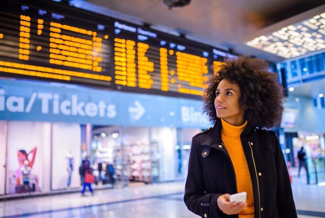 Economía.- Minsait revitaliza su oferta para el sector turístico gracias a un acuerdo con la startup española Smartvel