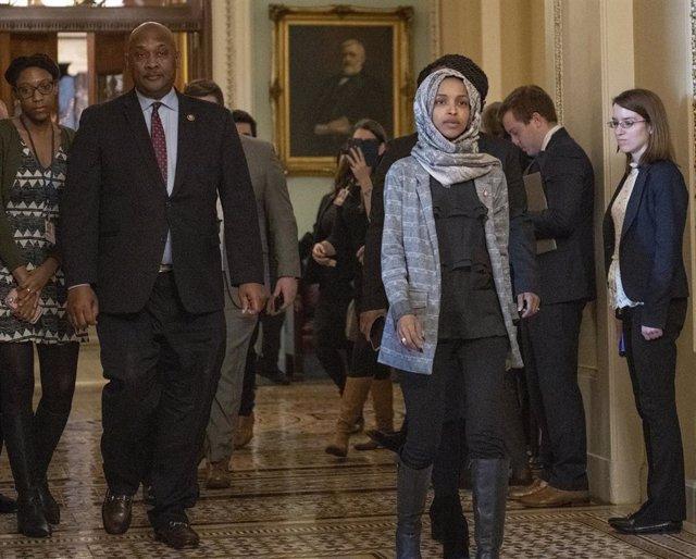 EEUU.- La congresista musulmana Ilhan Omar reivindica su patriotismo frente a la