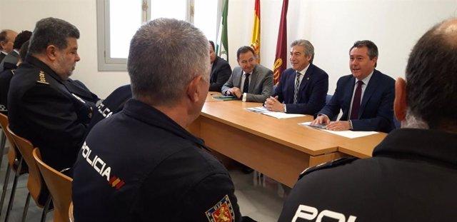 S.Santa.- Delegado del Gobierno valora que las administraciones garanticen la convivencia y seguridad en desplazamientos