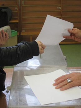 28A.- Un total de 4.106 personas compiten por un puesto en el Congreso, una medi