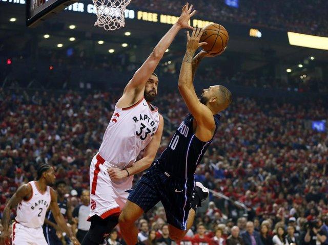 Baloncesto/NBA.- Los Magic sorprenden a Toronto Raptors en el primer partido de los 'playoffs'
