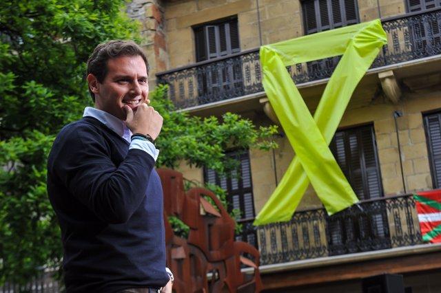 """+++eptv: Rivera, a los que le insultan en Rentería: """"Euskadi no es vuestro, es de todos los vascos y los españoles"""""""