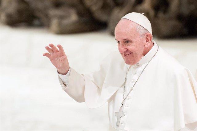 """AMP.- Vaticano.- El Papa dice que viajará a España """"cuando haya paz"""""""