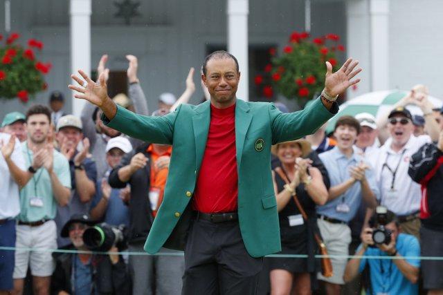 AMP.- Golf/Masters.- Tiger Woods reaviva su leyenda en Augusta