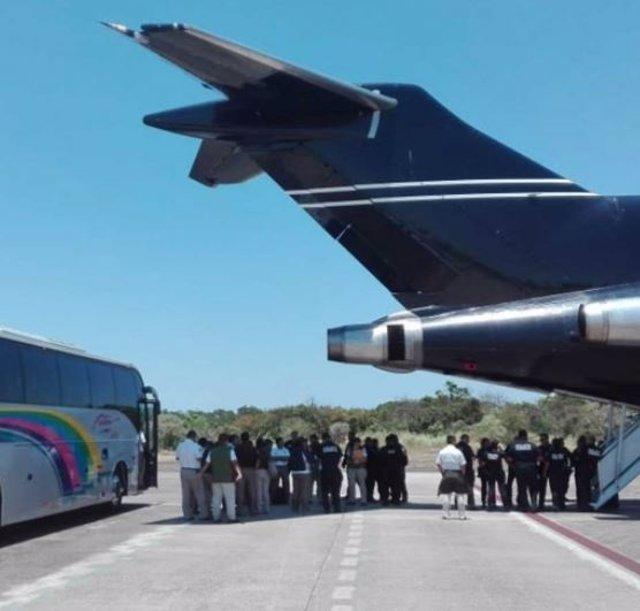 Repatrían a 204 hondureños por vía aérea que se encontraban de manera irregular en México