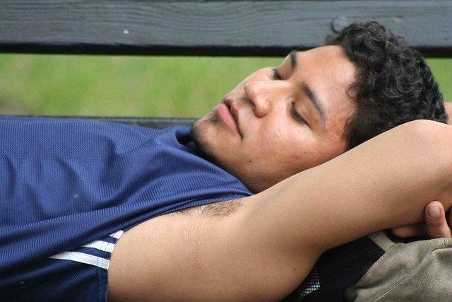 El óxido de zinc reduce el olor corporal causado por las bacterias