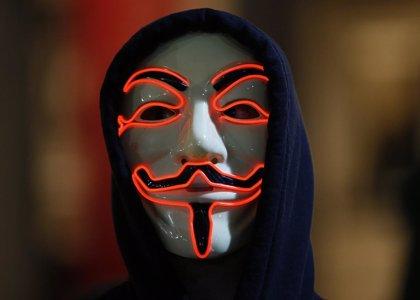 """La advertencia de Anonymous: """"¡Liberen a Assange o lo pagarán!"""""""