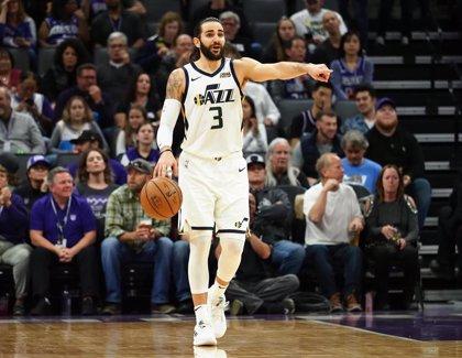 Los Bucks empiezan arrasando a Detroit y los Rockets a Utah Jazz
