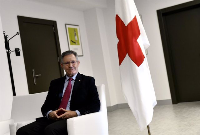Entrevista de Europa Press al presidente de Cruz Roja Española, Javier Senent García